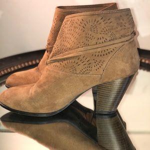 Qupid western booties